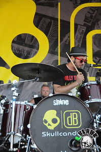 AM Taxi 8/12/2010- Vans Warped Tour 2010 @ Sleep Train Sacramento (Marysville, CA)