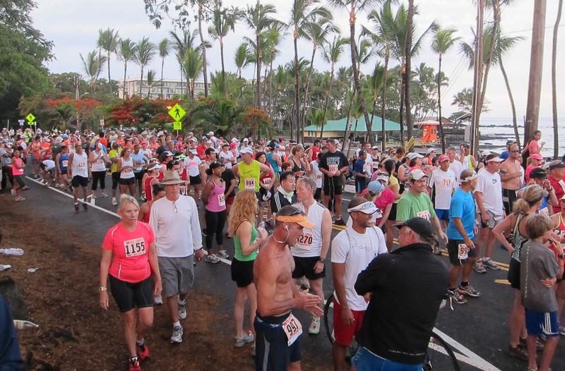 Croud gathers for the start of the 2012 Kona Half-Marathon