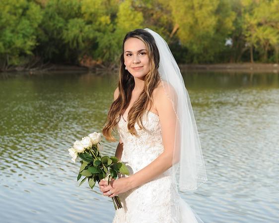 Amber P - Bridal Portraits