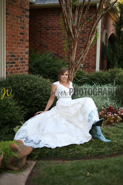 082013 Nancy Bridal Portraits 171