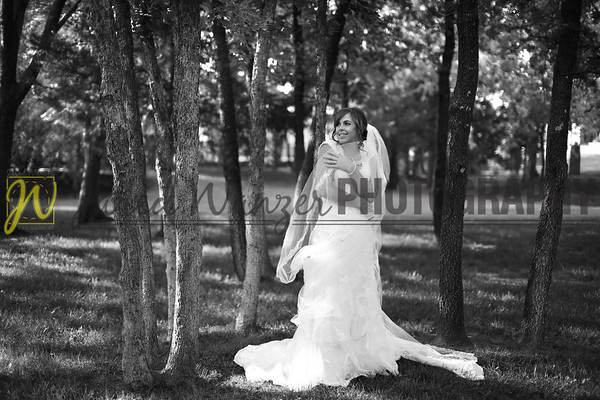 082013 Nancy Bridal Portraits 735