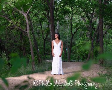 Nicole Woodhouse 040916-046