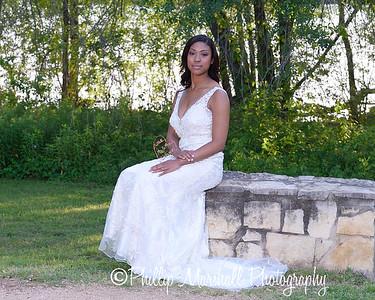 Nicole Woodhouse 040916-017