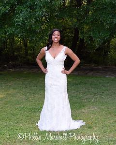 Nicole Woodhouse 040916-001