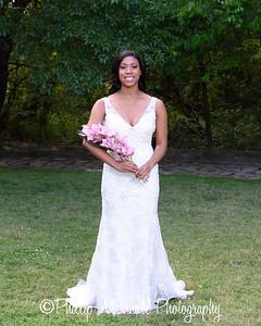 Nicole Woodhouse 040916-014