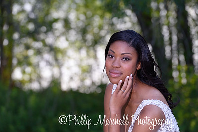 Nicole Woodhouse 040916-036