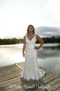 Nicole Woodhouse 040916-099