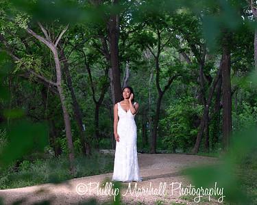 Nicole Woodhouse 040916-048