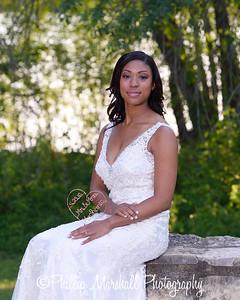 Nicole Woodhouse 040916-018