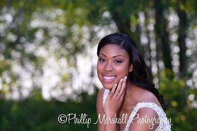 Nicole Woodhouse 040916-039