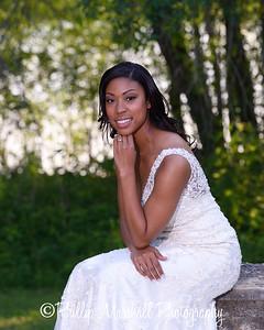 Nicole Woodhouse 040916-033