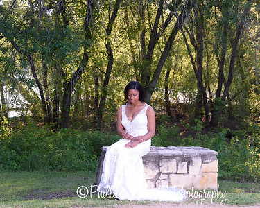 Nicole Woodhouse 040916-027