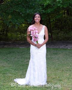 Nicole Woodhouse 040916-011
