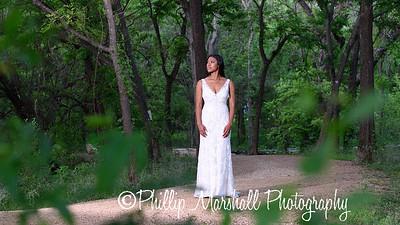 Nicole Woodhouse 040916-047