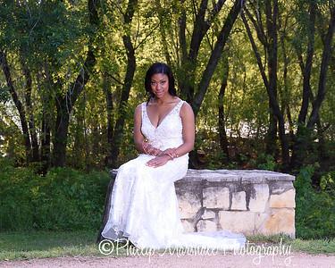 Nicole Woodhouse 040916-031