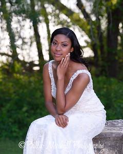 Nicole Woodhouse 040916-035