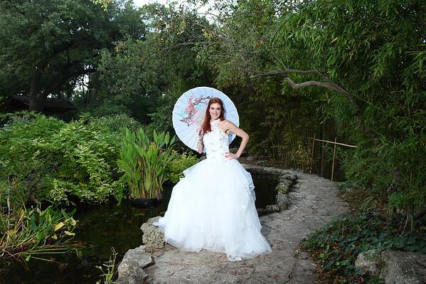 Rebekah L - Bridal Portraits