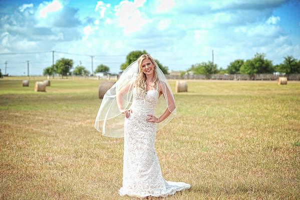 Riley W - Bridal Portraits