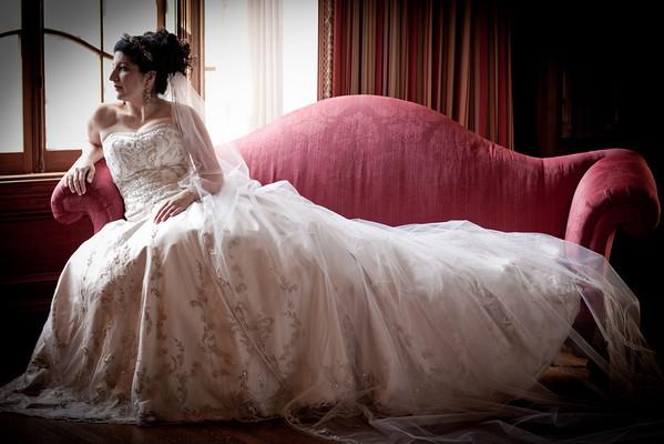 Lea's Bridal