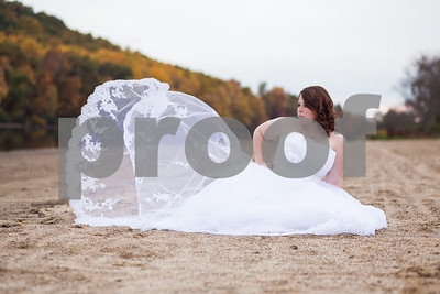 Chelsea - Trash the Dress