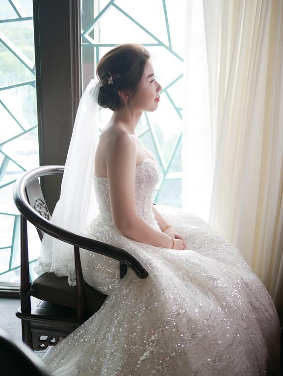 愛瑞思新娘秘書,ARIESY新秘,迎娶新娘造型,韓系新娘髮型,時尚名媛新娘造型