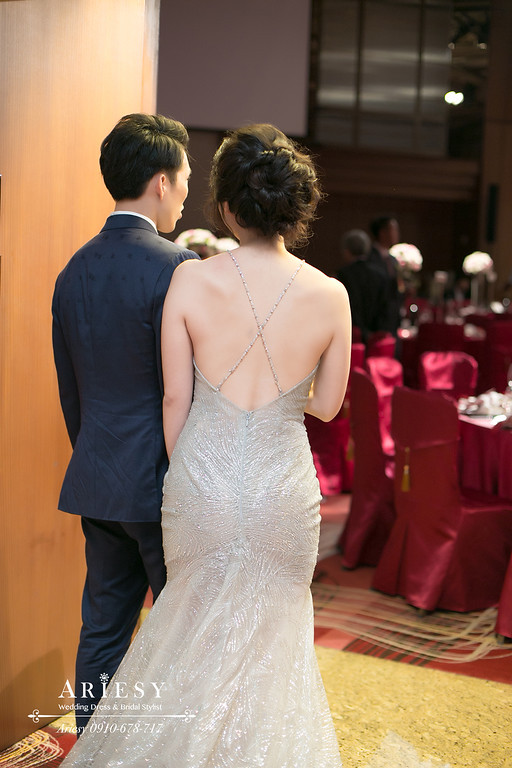 愛瑞思新娘秘書,ARIESY新秘,時尚名媛編髮造型,敬酒新娘造型,台北新秘,遠企婚禮