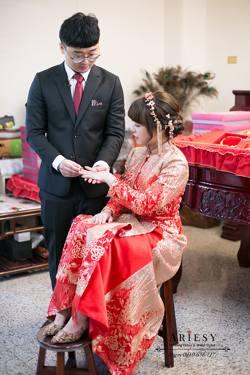 龍鳳褂,古裝流蘇新娘髮飾,文定編髮造型,愛瑞思,ARIESY婚紗禮服,新秘,新娘秘書