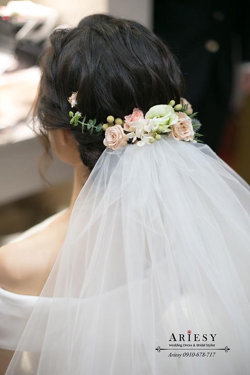 白紗造型,盤髮新娘造型,鮮花編髮新娘髮型,桃園新秘,林莉婚紗禮服,新娘秘書