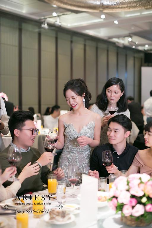 細軟髮新娘造型,高馬尾新娘造型,敬酒新娘髮型,愛瑞思,ARIESY,君悅婚宴