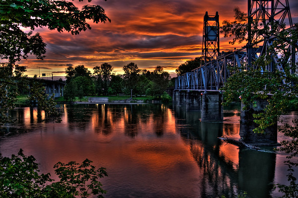 This photo was entered into Oregon State Fair 2010 and scored 21 and was exhibited during the State Fair.