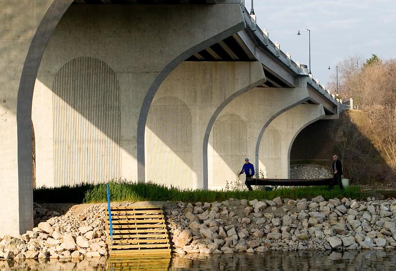 MH 7 - College Avenue Bridge in Appleton