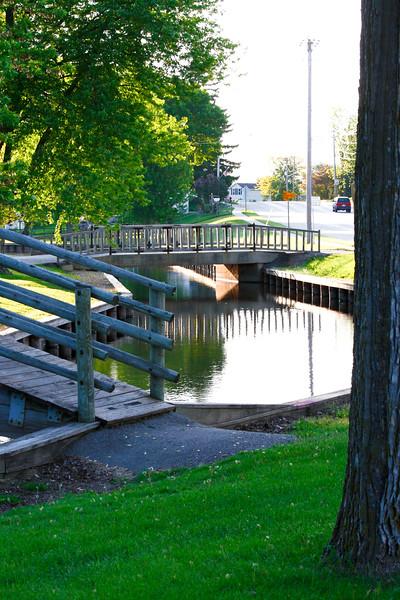 SW 04643 - Upper Fox River Bridge in Omro