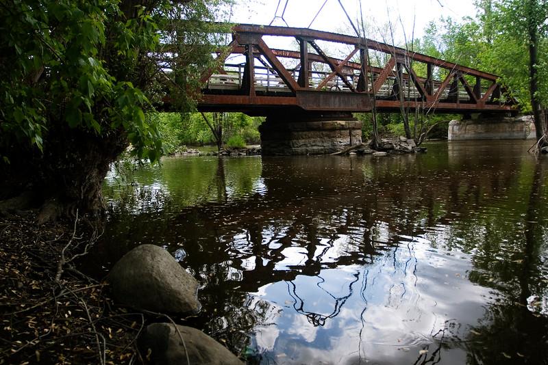 MH 26 - Old Princeton Railroad Bridge
