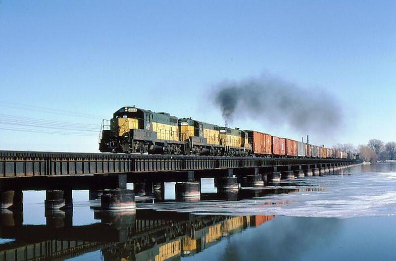 Appleton Trestle Trail with Train