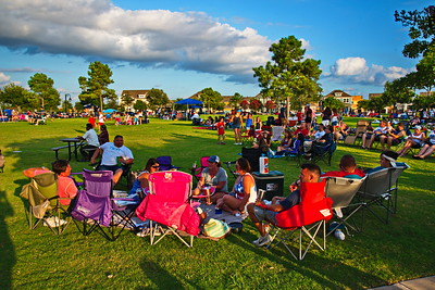 07042017_Bridgeland_4th_July_Pool_Concert_Fireworks_750_0025a