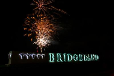 Bridgeland_Sign_Fireworks_2015__RAW0542_resize