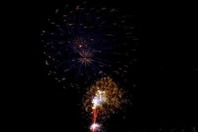 Bridgeland_Fireworks_2015__RAW0538_resize