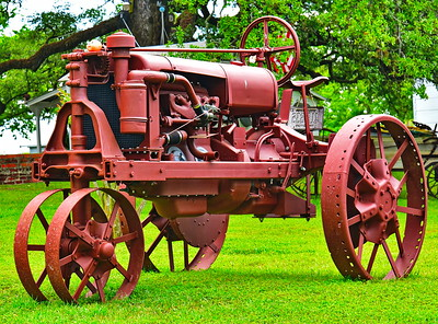 Bridgeland_Photo_Group_Washington_Co_trip_4-2016_Burton_Tractor_D75_5168