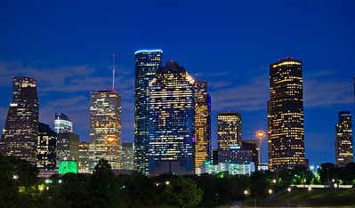06092017_Downtown_Houston_BPG_Night_slkyline_750_4084