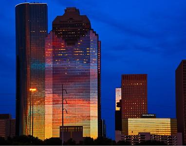 Houston_Skyline_Pink_Bldg_D75_6779