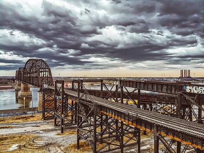 MacArthur Bridge