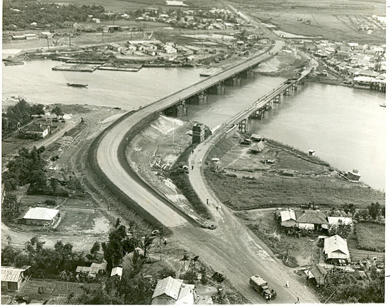 The Completed Bridge 1969-Looking South