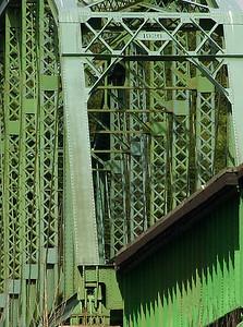 Cowlitz River Rail Bridge (30722280)