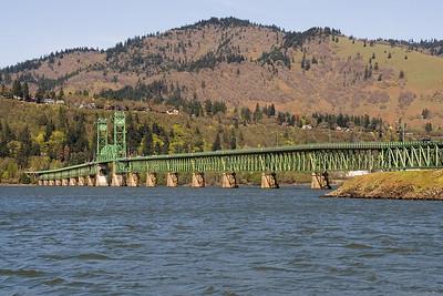 Columbia River Bridge between Hood River, OR and White Salmon, WA   | Sigma 18-50mm f/2.8 EX DC