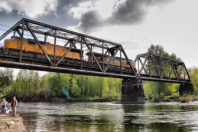 Sandy River Bridge in Troutdale   | Sigma 18-50mm f/2.8 EX DC