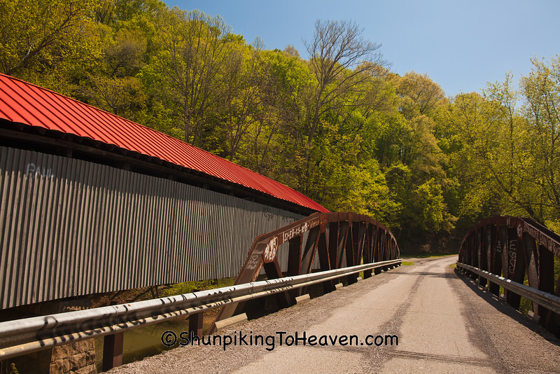 Ponn Humpback Covered Bridge and Pony Truss Bridge, Vinton County, Ohio