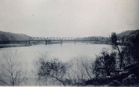 Orange Bridge I (00023)