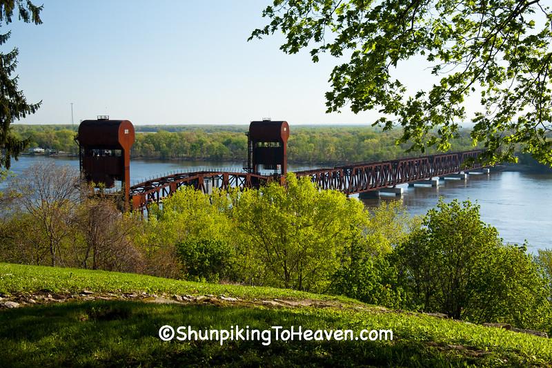 BNSF Railroad Lift Bridge, Burlington, Iowa