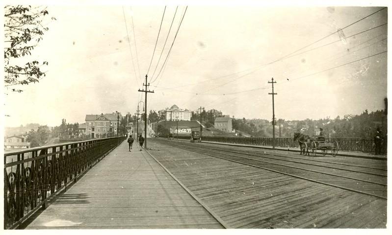 Rivermont Bridge Looking West (07382)