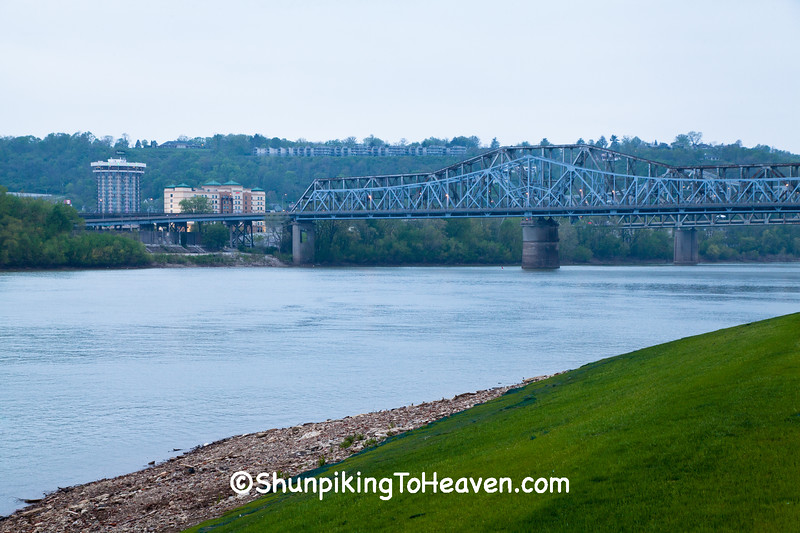 C.W. Bailey Bridge & C&O Railroad Bridge, Cincinnati, Ohio